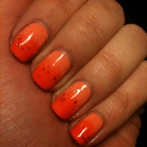 China Glaze peachy keen GOSH 570 peachy Golden rose 169