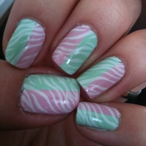 China Glaze Something Sweet China Glaze Re-fresh Mint Konad imageplate M